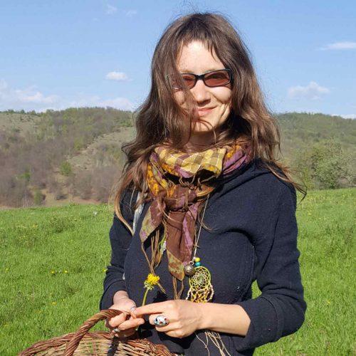 incredible-mirela-lazurca-plante-salbatice-comestibile-consilier